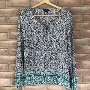 Lucky Brand size L top w/long sleeves